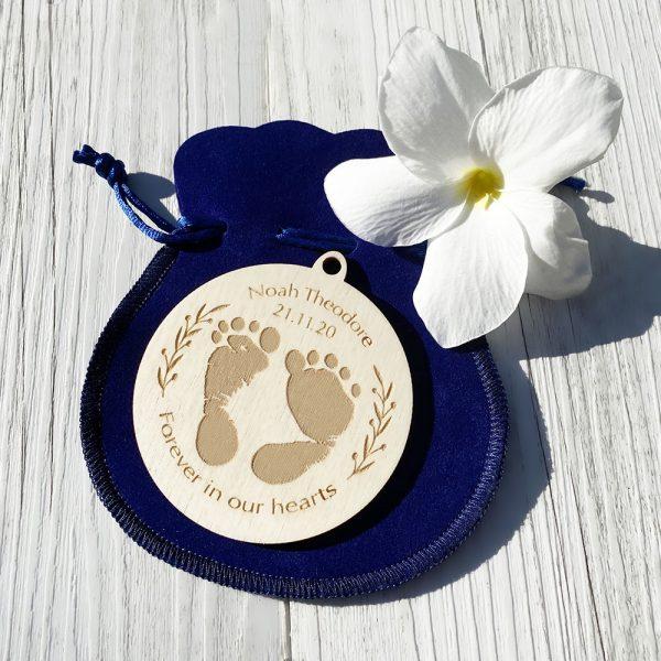 Commemorative memorial keepsake for angel baby, baby loss, engraved wooden footprint keepsake